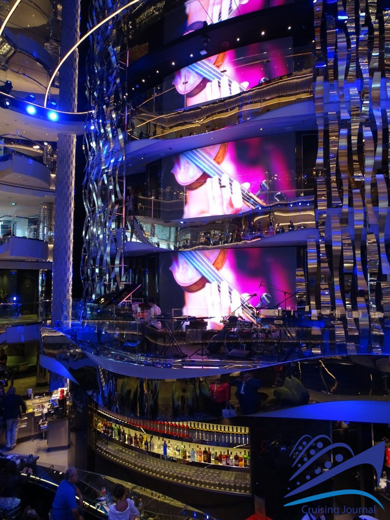 Msc Seaview: pictures from the Msc Cruises' giant