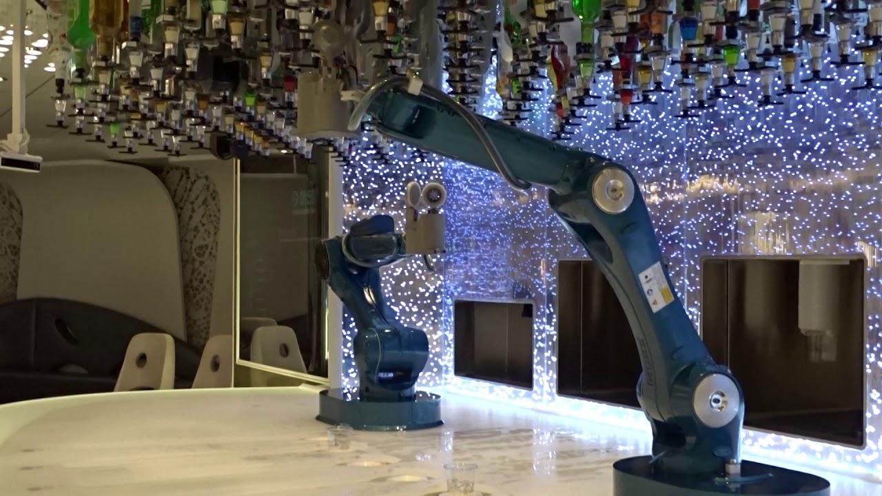Symphony of the Seas: el Bionic Bar