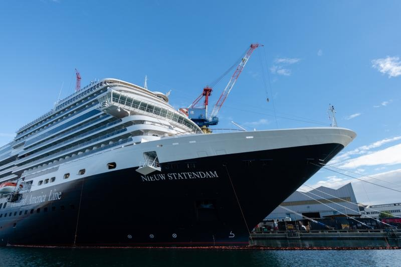 Nieuw Statendam: the evoution of Holland America