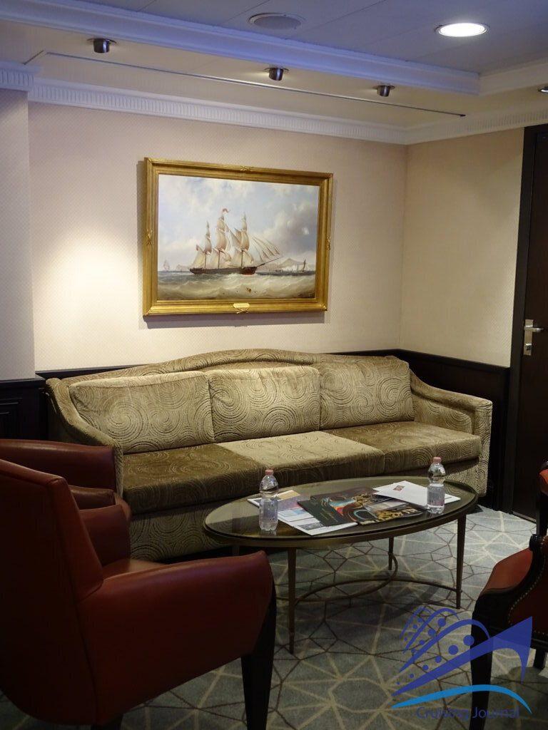 Marina Marina Lounge
