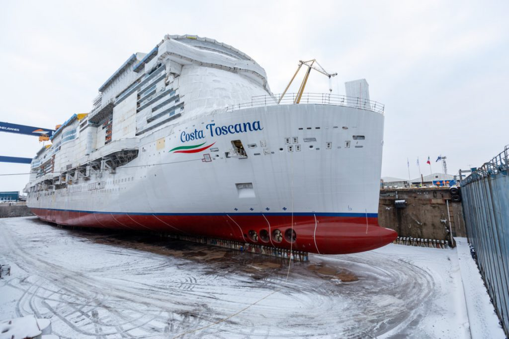 Costa Toscana: Costa's future flagship is floated out