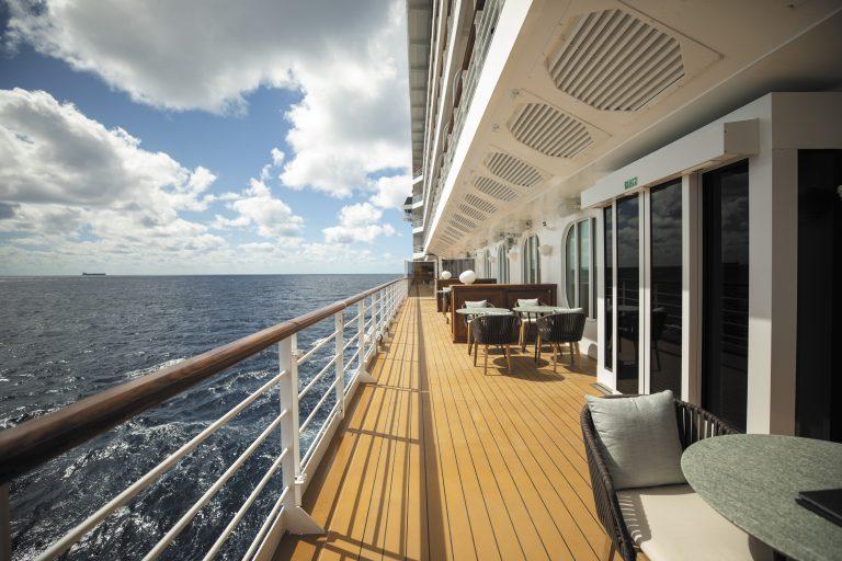 Bar esterno Seven Seas Splendor