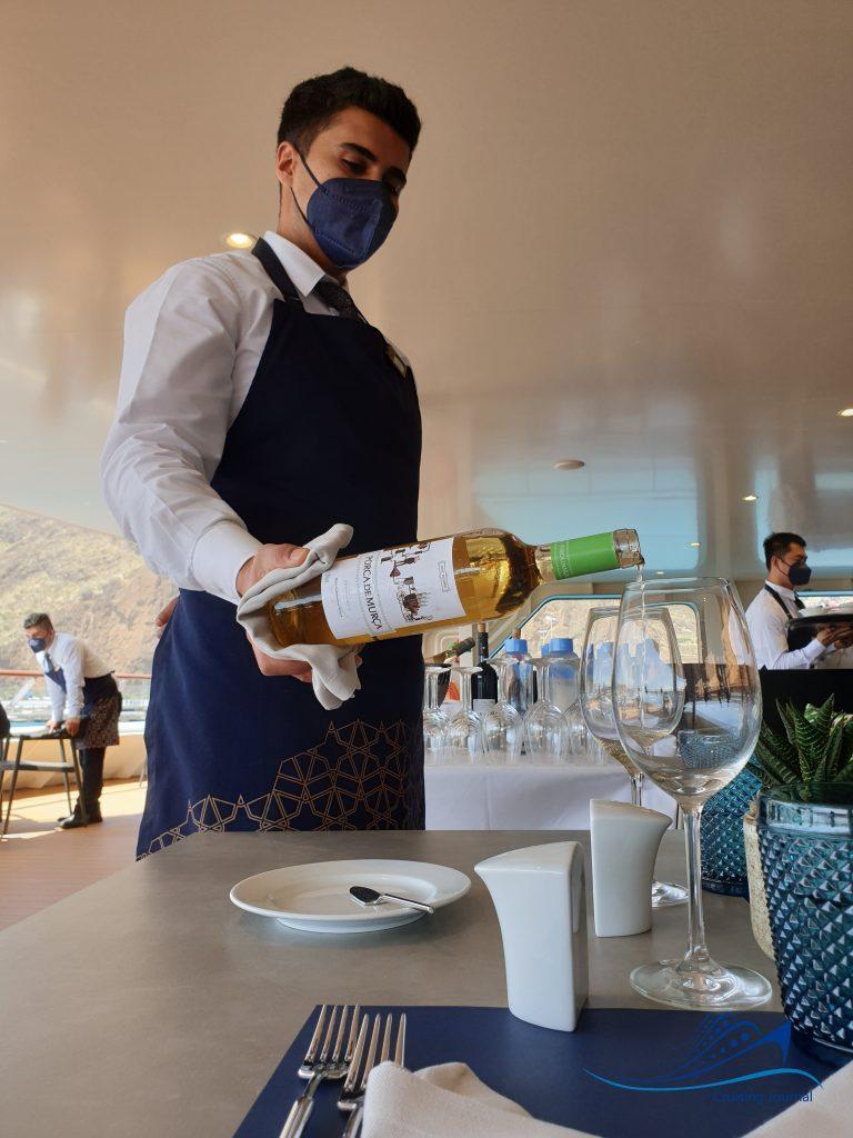 World Voyager Wine Service