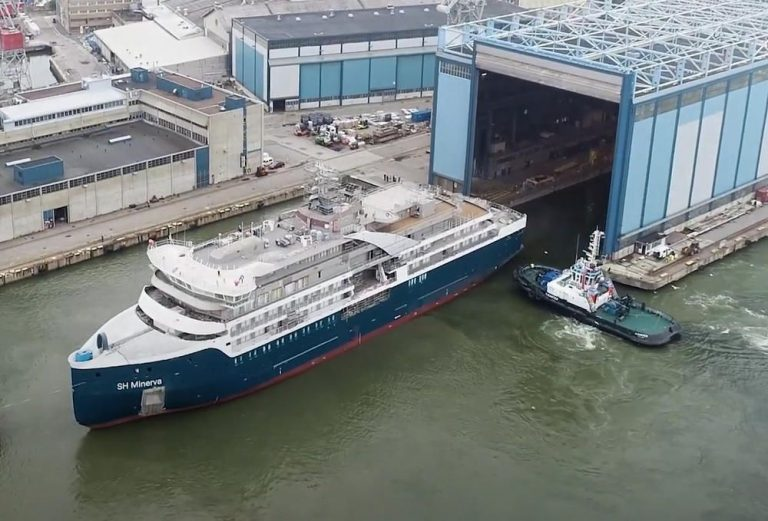 SH Minerva: the first technical float out for Swan Hellenic