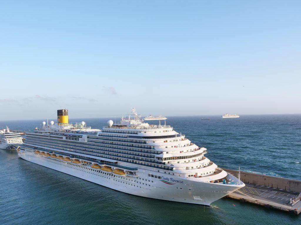 Costa Cruises: o vídeo tour do novo Costa Firenze