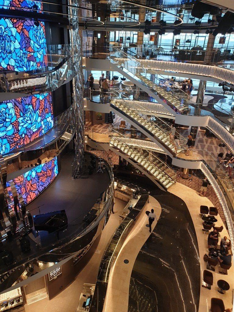Msc Seashore Atrium