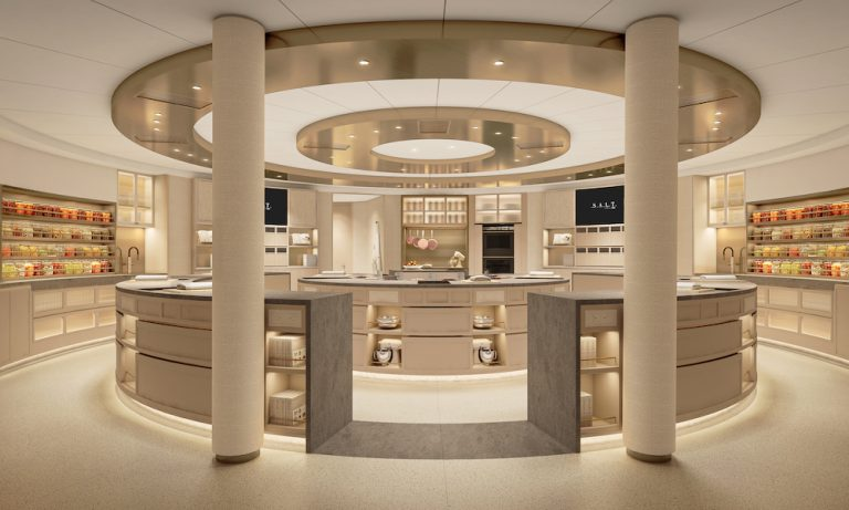 silver-moon-sets-a-new-era-in-culinary-cruising-begins